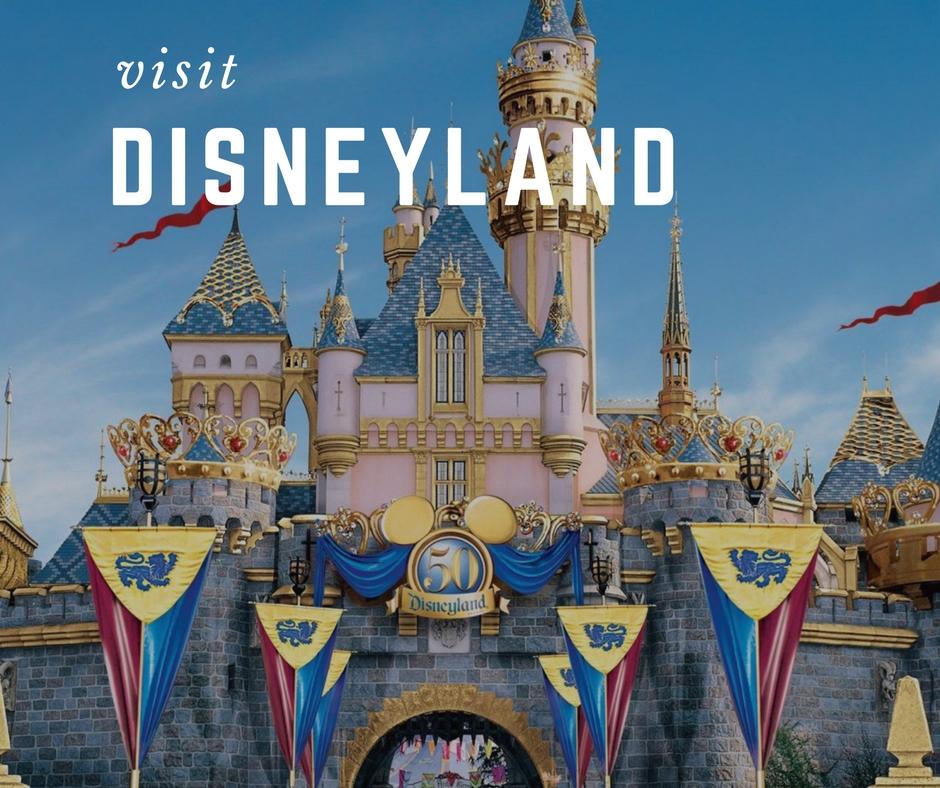Công viên giải trí Disneyland Hồng Kông