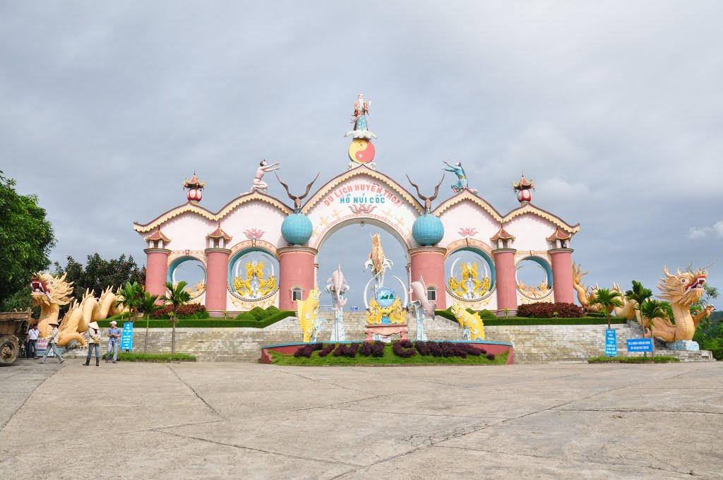 phuot-ho-nui-coc-thai-nguyen-mixtourist